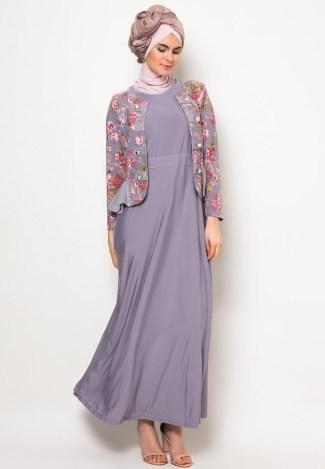 Baju Gamis Batik Model Terbaru dengan Perpaduan Polos