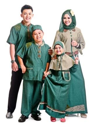 Model Baju Batik Muslim Keluarga untuk Lebaran Tahun Ini