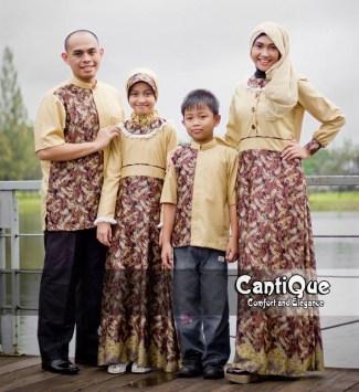Model Baju Lebaran Keluarga Bermotif Batik