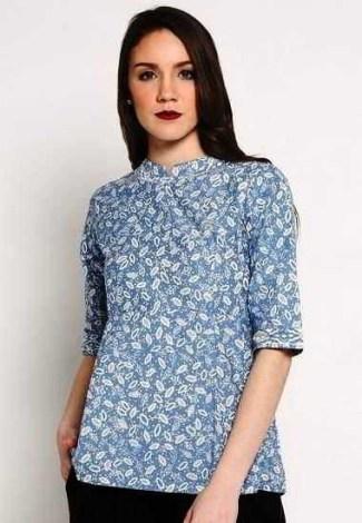 ... Model Baju Batik Atasan untuk Wanita Bermotif Simpel dan Elegan ... efcd6b1a00