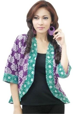 Model Baju Batik Atasan untuk Wanita dengan Model Bolero