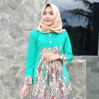 Model Baju Batik Kantor untuk Wanita Muslimah Terbaru ... 975e57372c