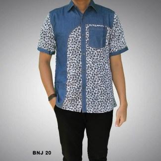 Model Baju Batik Pria Kombinasi dengan Motif Modern