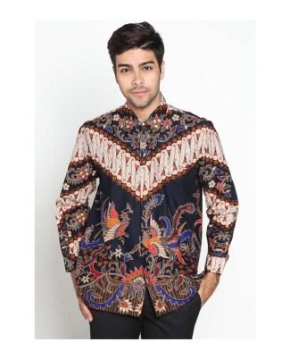 Tampil Stylish dengan Baju Batik Tradisional Berlengan Panjang