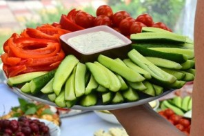 How To Eat Healthily On Holiday