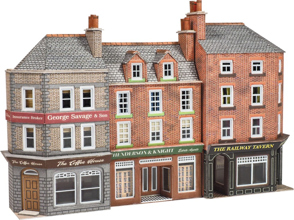 Metcalfe PN972 Low Relief Pub & Shops (N scale card kit)