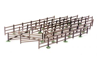 Dapol C023 Fences and Gates (OO scale plastic kit)