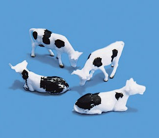 Model Scene 5100 Cows (OO scale)