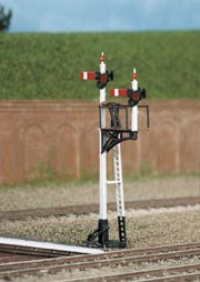 Ratio 262 Junction or Bracket Signal (Lower Quadrant) (N gauge plastic kit)