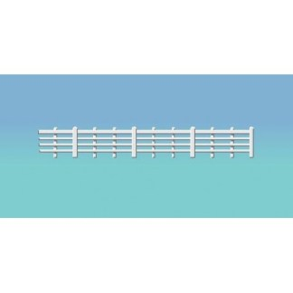 Ratio 424 Lineside Fencing, white (4 bar) (OO scale plastic model)
