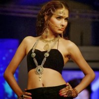 Stylish top model Fouzia Aman