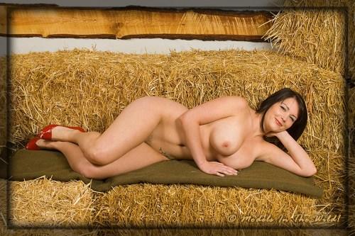 Anna: Hay Ride