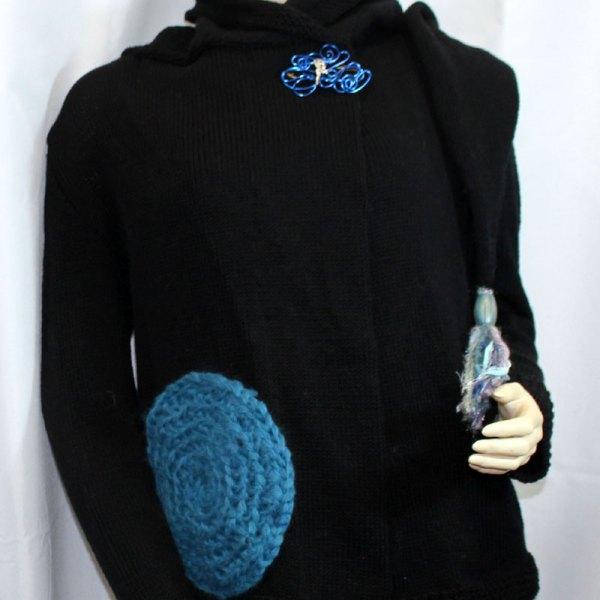 Veste féérique noire et bleue