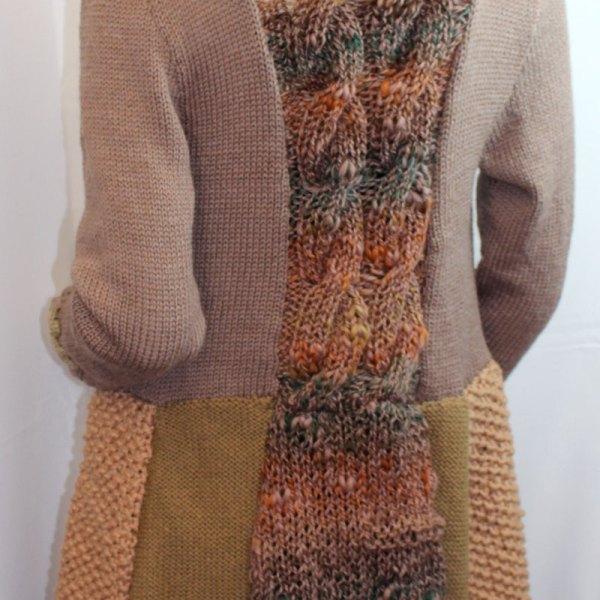 Vous cherchez un manteau chaud et original, avec une découpe flatteuse? Alors le manteau puzzle est pour vous!