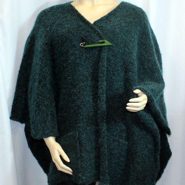 Cape à poches couleur verte