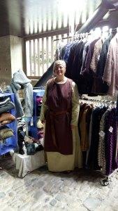 Robe et surcôt médiéval