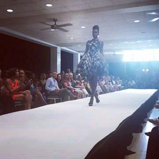 La mode by Kevin  Brian