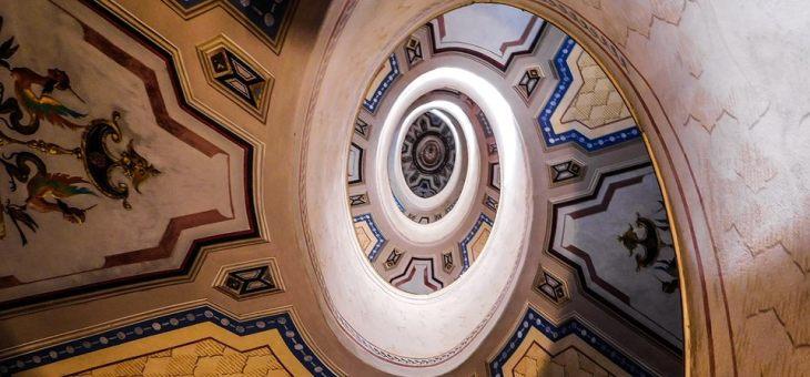 Scala a chiocciola – Palazzo Barozzi