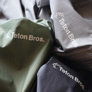 Teton Bros Feather Rain Full Zip Jacketが新しくなりました!