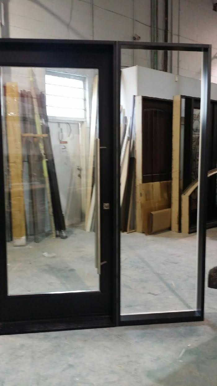 Exterior Modern Fiberglass Doors with clear glass and side