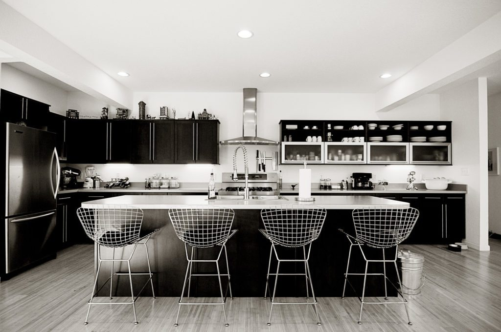 Modern Beach House Designs by Nicole Peters Interiors