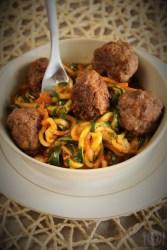 Keto spaghetti with meatballs