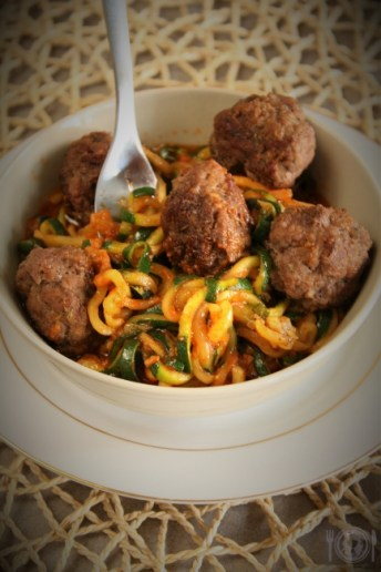 Keto spaghetti with meatballs