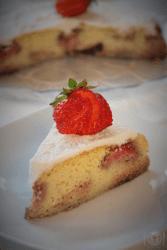 Keto ciasto z owocami