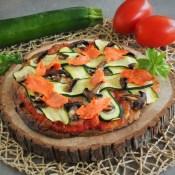 Keto pizza z cukinią i łososiem (Paleo, LowCarb)