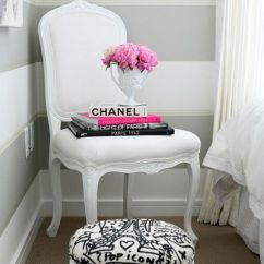 White Chairs For Bedroom Parsons Chair Cover Tutorial 15 Beautiful Modern Bedrooms With A