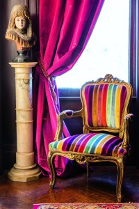 Colorful Modern Chairs: Fall Living Room Furniture Trends 2018