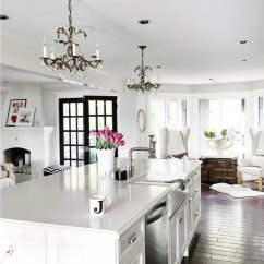 Kitchen Chandeliers Black Sink 10 To Brighten Up Your Modern Like These Ones Are The Best Way Add A Classic Vibe Any Interior Even If They On Smaller Side