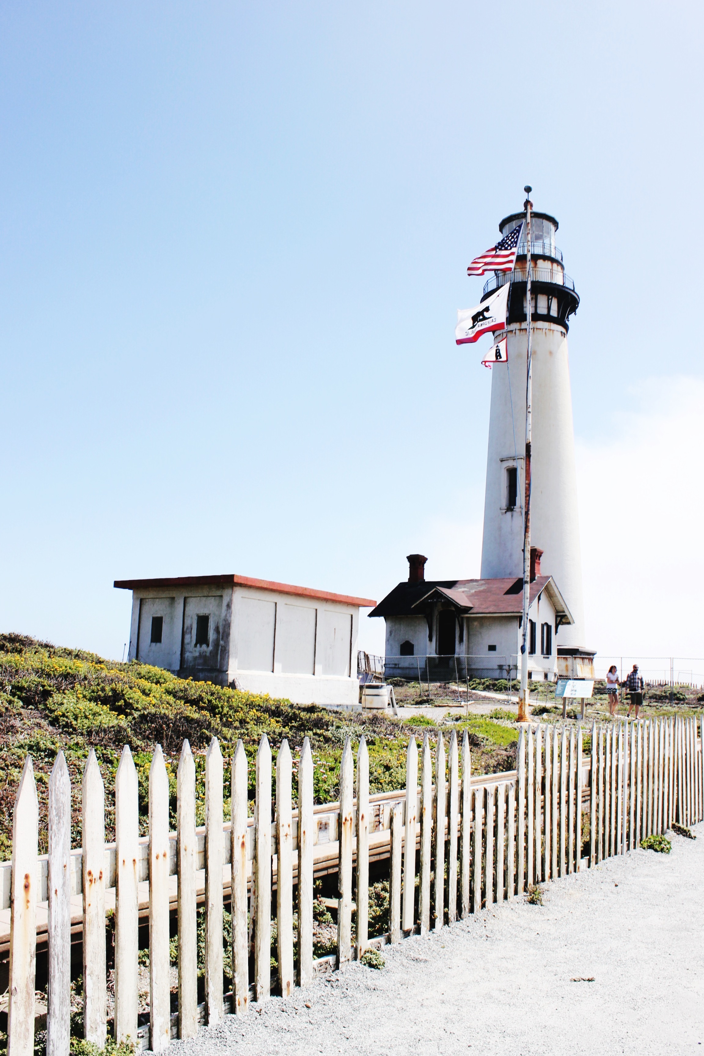 Lighthouse on Highway 1: Guide On Modern Daydream Living