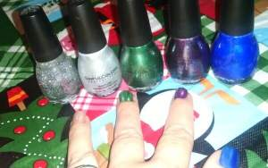 SinfulColors Nail Polish for Last minute Stocking Stuffers or Gifts! #SinfulColors #HolidayGiftGuide2015