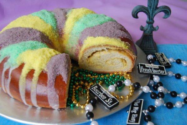 Crown Royal: Free King Cake in Exchange for Mardi Gras Beads!