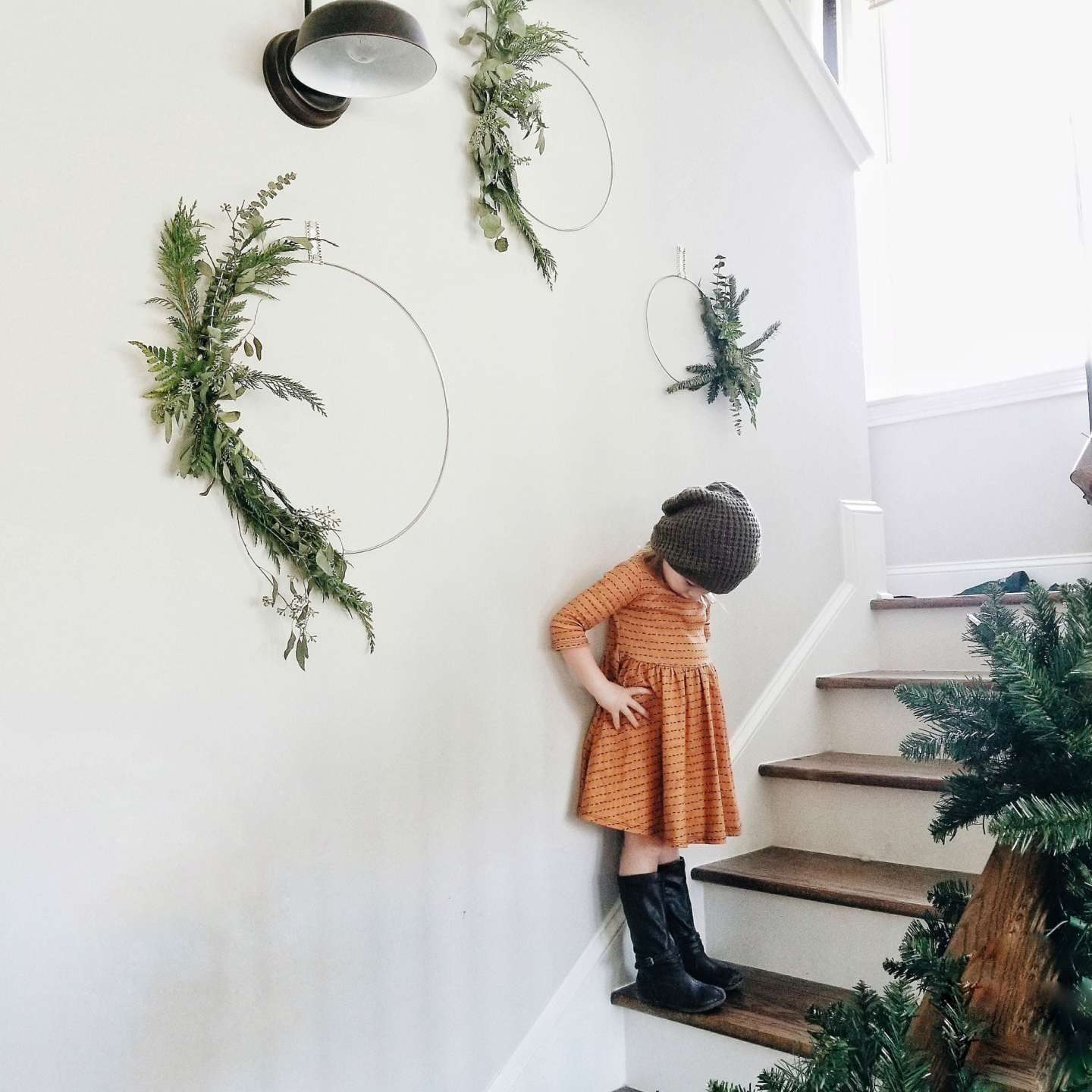 DIY Minimalist Scandinavian Christmas Wreath
