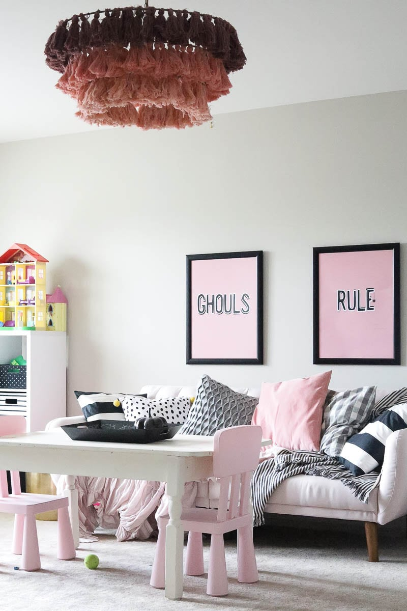 Pink Halloween Decorations | Cute Halloween Decorations featured by top Tennessee lifestyle blog Modern Day Moguls