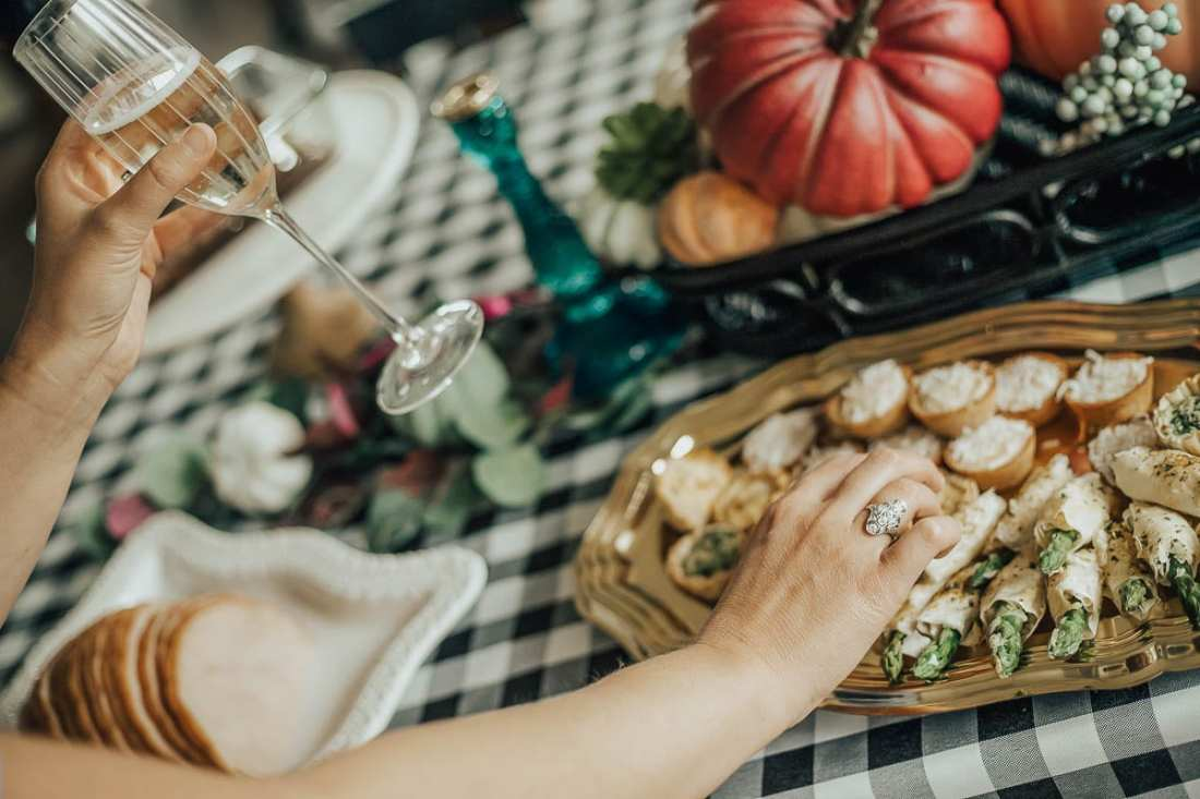 Harry & David   Quick and Easy Fall Brunch Menu Your Girlfriends will Love featured by top Nashville lifestyle blog Modern Day Moguls