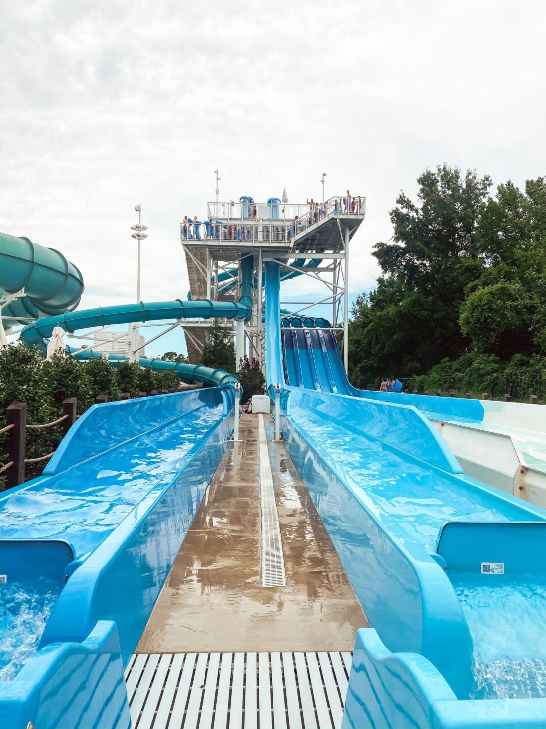 Soundwaves Water Park by popular Nashville blog, Modern Day Moguls: image of outdoor waterslides.
