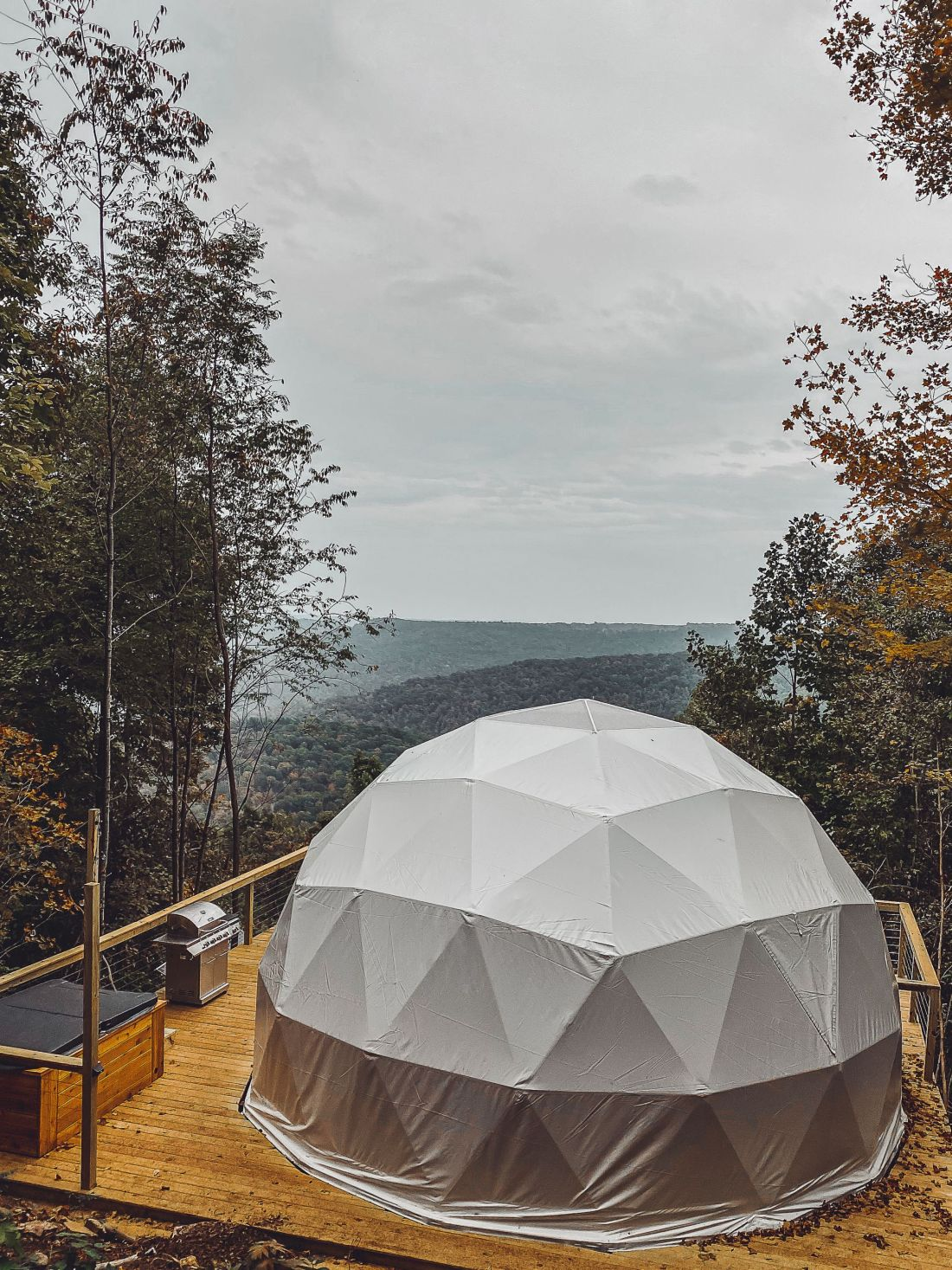 Glamping in Tennessee by popular Nashville lifestyle blog, Modern Day Moguls: image of a geodesic dome.