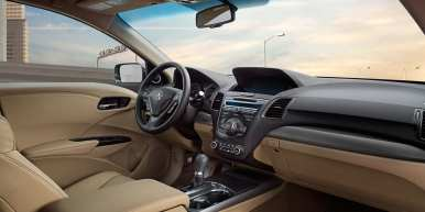 2013-rdx-interior-with-technology-package-and-parchment-interior-full-dash-p