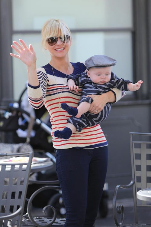 Anna Faris does some shopping at Baby Gap with her parents and son Jack Pratt in Los Angeles