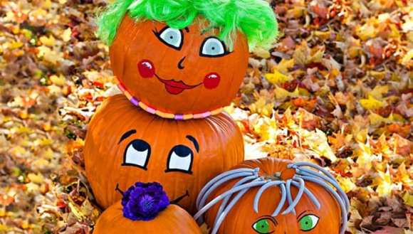 01-Painted-pumpkins-101945860