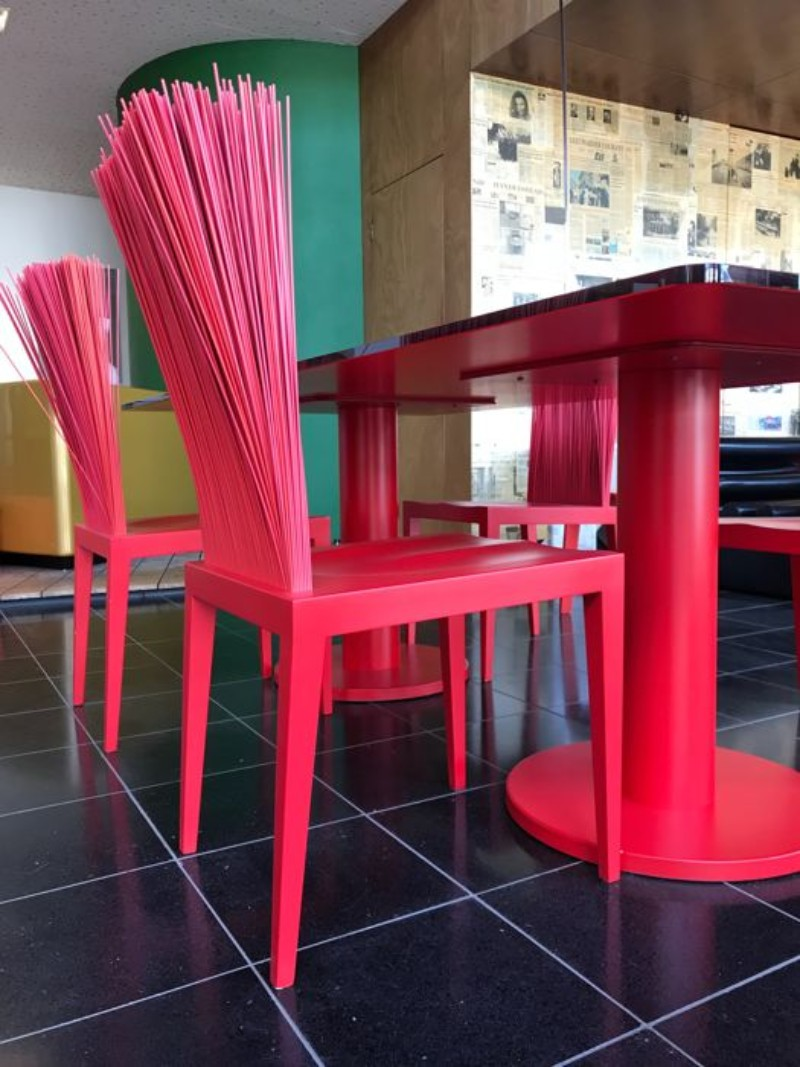 2019 Colorful Trends for Your Modern Dining Tables