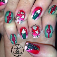 10+ Christmas Presents Nail Art Designs & Ideas 2017