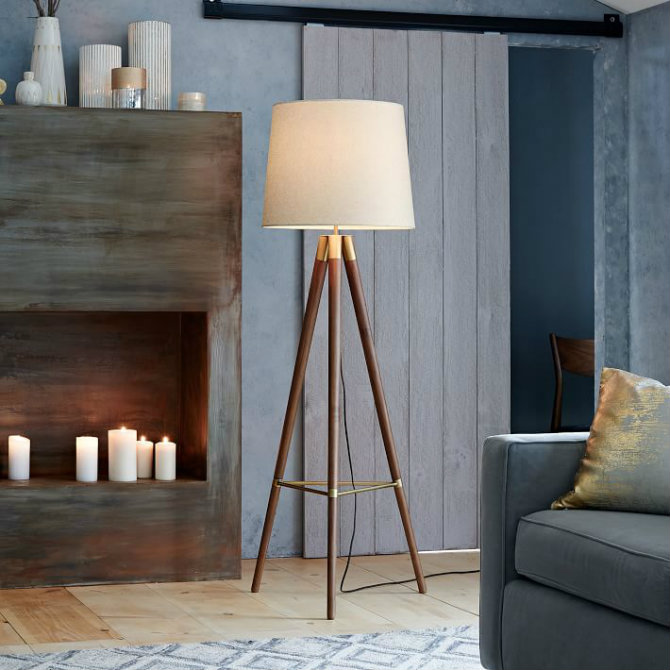 Wooden floor lamps for a mid