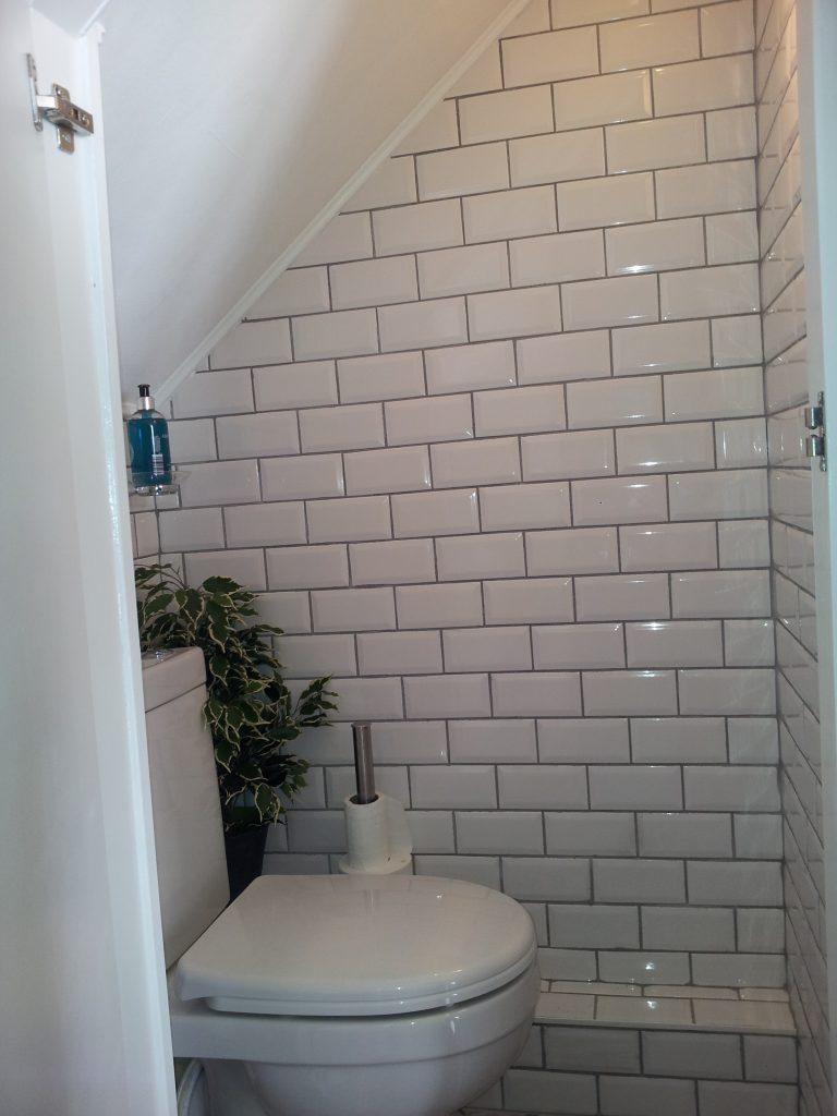 kitchen wall tiles design upper cabinets understairs toilet idea - subway ...