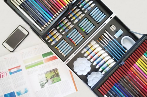 Hobbycraft mixed media art set for painters and designers all in one kit which include everything a painter needs