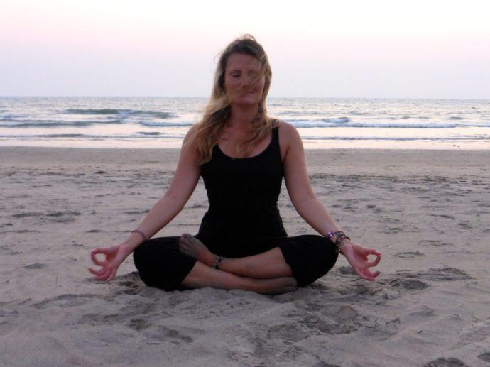 yoga in goa indien