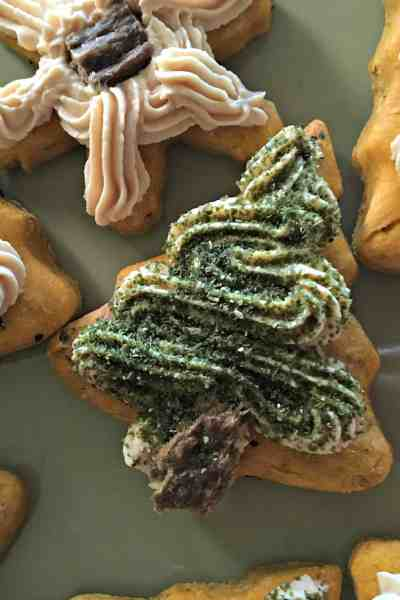 Healthy Holiday Dog Treat Recipe